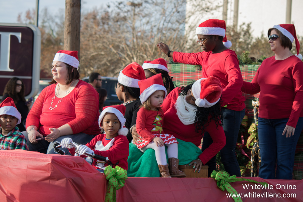 christmasparade2015-26