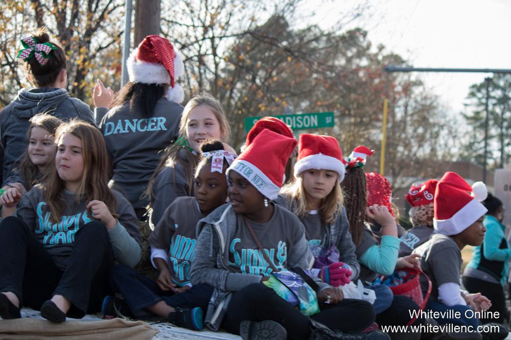 christmasparade2015-33